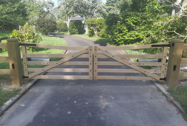 Double swinging timber gates