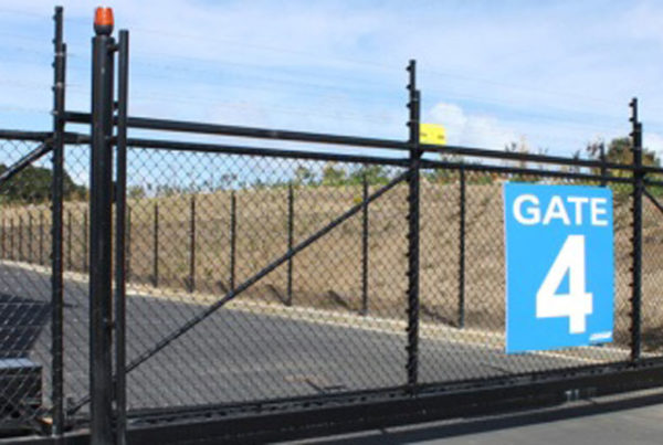 Cantilever gate black mesh